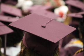 graduation-cap-3430710_1920