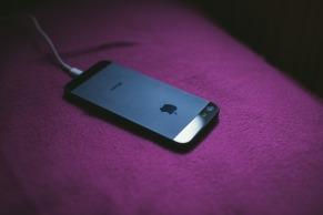 iphone-2618080_1920